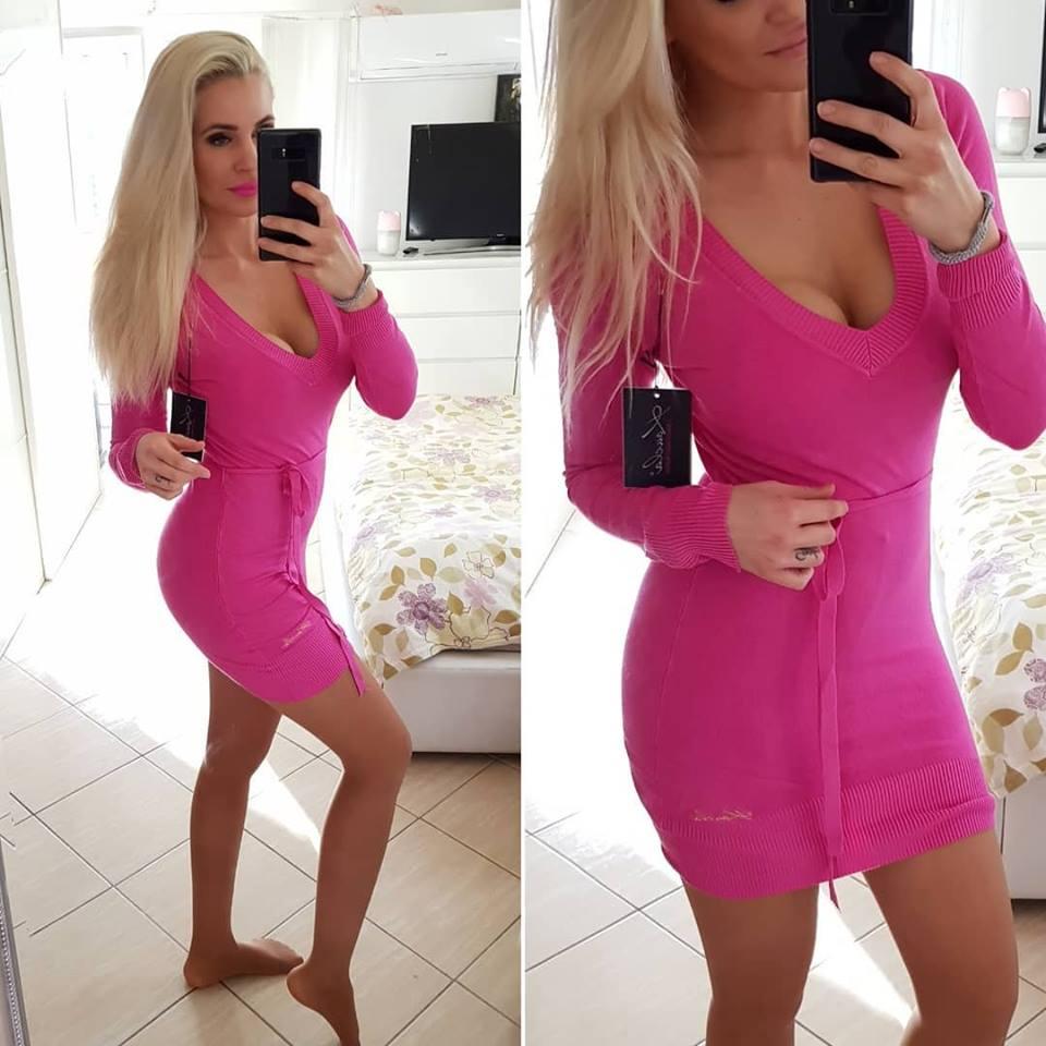4e546b57404c Výprodej - svetrové šaty - neon růžová