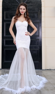 Luxusní stahovací šaty - Kolekce diamond- bílé a černé s peříčkama 17de0c5109