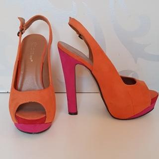 5180e4bed318 Sandálky boty oranžové velikost 37